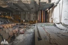 urbex-abandoned-places-deadinside-urbex-dead-inside-natalia-sobanska-opuszczone-miejsca-haikyo-ruins-taiwan-theater-9