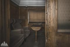 deadinside-urbex-dead-inside-natalia-sobanska-abandoned-abandoned-train-orient-express-poland-Małaszewicze-opuszczony-pociąg-w-Małaszewiczach-12-of-14