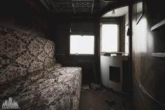 deadinside-urbex-dead-inside-natalia-sobanska-abandoned-abandoned-train-orient-express-poland-Małaszewicze-opuszczony-pociąg-w-Małaszewiczach-14-of-14