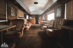 deadinside-urbex-dead-inside-natalia-sobanska-abandoned-abandoned-train-orient-express-poland-Małaszewicze-opuszczony-pociąg-w-Małaszewiczach-6-of-14