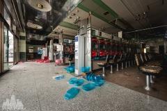 Fukushima exclusion zone, strefa wykluczenia, japan, japonia, abandoned, opuszczone, pachinko, saloon, games room, abandoned, urbexm abandoned japan, japonia-8