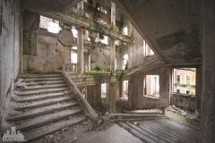deadinside-urbex-dead-inside-natalia-sobanska-abandoned-palace-AbkhaziaGeorgia-11-of-20