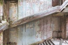 deadinside-urbex-dead-inside-natalia-sobanska-abandoned-palace-AbkhaziaGeorgia-12-of-20