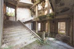deadinside-urbex-dead-inside-natalia-sobanska-abandoned-palace-AbkhaziaGeorgia-13-of-20