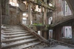 deadinside-urbex-dead-inside-natalia-sobanska-abandoned-palace-AbkhaziaGeorgia-14-of-20