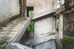 deadinside-urbex-dead-inside-natalia-sobanska-abandoned-palace-AbkhaziaGeorgia-15-of-20