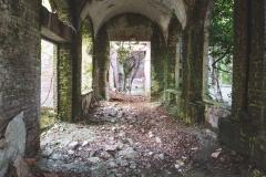 deadinside-urbex-dead-inside-natalia-sobanska-abandoned-palace-AbkhaziaGeorgia-18-of-20