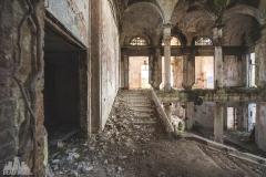 deadinside-urbex-dead-inside-natalia-sobanska-abandoned-palace-AbkhaziaGeorgia-19-of-20