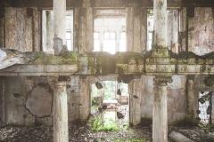 deadinside-urbex-dead-inside-natalia-sobanska-abandoned-palace-AbkhaziaGeorgia-3-of-20