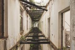 deadinside-urbex-dead-inside-natalia-sobanska-abandoned-palace-AbkhaziaGeorgia-9-of-20