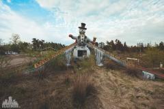 deadinside-urbex-dead-inside-natalia-sobanska-abandoned-abandoned-amusement-park-Sweden-1-of-19