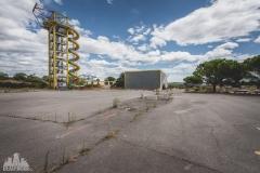deadinside-urbex-dead-inside-natalia-sobanska-abandoned-abandoned-theme-park-waterp-parke-France-12-of-14