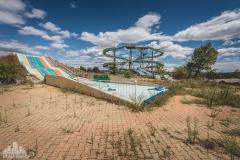 deadinside-urbex-dead-inside-natalia-sobanska-abandoned-abandoned-theme-park-waterp-parke-France-2-of-14