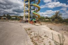 deadinside-urbex-dead-inside-natalia-sobanska-abandoned-abandoned-theme-park-waterp-parke-France-6-of-14