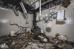 deadinside-urbex-dead-inside-natalia-sobanska-abandoned-hospital-kinmen-taiwan-underground-hospital-Granite-Hospital-4-of-22