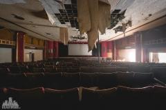 deadinside-urbex-dead-inside-natalia-sobanska-abandoned-abandoned-theater-abandoned-stairs-elvator-Taiwan-2