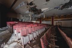 deadinside-urbex-dead-inside-natalia-sobanska-abandoned-abandoned-theater-abandoned-stairs-elvator-Taiwan-5