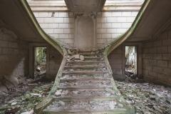 deadinside-urbex-dead-inside-natalia-sobanska-abandoned-abandoned-romantic-villa-france-1-of-14