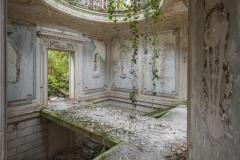 deadinside-urbex-dead-inside-natalia-sobanska-abandoned-abandoned-romantic-villa-france-8-of-14