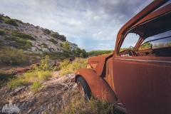 deadinside-urbex-dead-inside-natalia-sobanska-abandoned-rusty-cars-car-graveyard-France-1-of-28