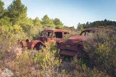 deadinside-urbex-dead-inside-natalia-sobanska-abandoned-rusty-cars-car-graveyard-France-21-of-28
