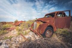deadinside-urbex-dead-inside-natalia-sobanska-abandoned-rusty-cars-car-graveyard-France-8-of-28