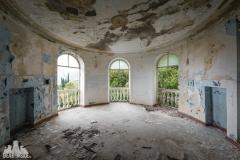 deadinside, urbex, dead inside, natalia sobanska, abandoned, abandoned sanatorium Abkhazia, opuszczone (7 of 32)