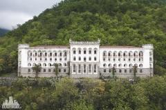 deadinside, urbex, dead inside, natalia sobanska, abandoned, abandoned sanatorium Abkhazia, z drona (2 of 4)