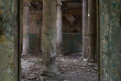 deadinside, urbex, dead inside, natalia sobanska, abandoned, abandoned, abandoned sanatorium, georgia, cow on urbex, decay, opuszczone (14 of 15)