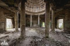 deadinside, urbex, dead inside, natalia sobanska, abandoned, abandoned, abandoned sanatorium, georgia, cow on urbex, decay, opuszczone (4 of 15)