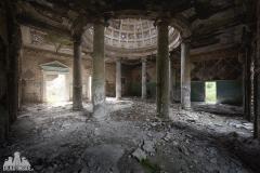 deadinside, urbex, dead inside, natalia sobanska, abandoned, abandoned, abandoned sanatorium, georgia, cow on urbex, decay, opuszczone (7 of 15)
