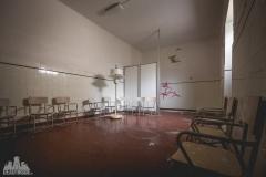 deadinside-urbex-dead-inside-natalia-sobanska-abandoned-abandonedsanatorium-ospedale-Italy-10-of-15