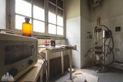 deadinside-urbex-dead-inside-natalia-sobanska-abandoned-abandonedsanatorium-ospedale-Italy-12-of-15