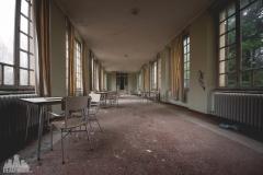 deadinside-urbex-dead-inside-natalia-sobanska-abandoned-abandonedsanatorium-ospedale-Italy-7-of-15