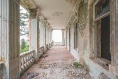 deadinside-dead-inside-natalia-sobanska-abandoned-abandoned-georgia-orphanage-urbex-2-of-30