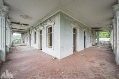 deadinside-dead-inside-natalia-sobanska-abandoned-abandoned-georgia-orphanage-urbex-3-of-30