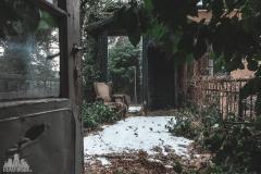 deadinside-urbex-dead-inside-natalia-sobanska-abandoned-abandoned-spiegielvilla-Austria-1-of-4