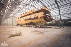 deadinside-urbex-dead-inside-natalia-sobanska-abandoned-abandoned-ship-venice-Italy-3-of-8