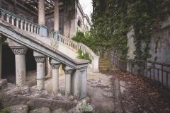 deadinside-urbex-dead-inside-natalia-sobanska-abandoned-abandoned-theater-abandoned-Abkhazia-ruins-Georgia-12-of-32