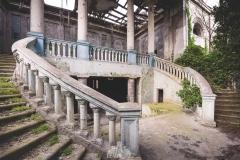 deadinside-urbex-dead-inside-natalia-sobanska-abandoned-abandoned-theater-abandoned-Abkhazia-ruins-Georgia-15-of-32
