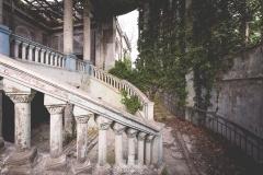 deadinside-urbex-dead-inside-natalia-sobanska-abandoned-abandoned-theater-abandoned-Abkhazia-ruins-Georgia-16-of-32