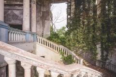 deadinside-urbex-dead-inside-natalia-sobanska-abandoned-abandoned-theater-abandoned-Abkhazia-ruins-Georgia-18-of-32