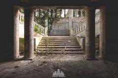 deadinside-urbex-dead-inside-natalia-sobanska-abandoned-abandoned-theater-abandoned-Abkhazia-ruins-Georgia-21-of-32