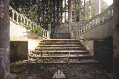 deadinside-urbex-dead-inside-natalia-sobanska-abandoned-abandoned-theater-abandoned-Abkhazia-ruins-Georgia-22-of-32