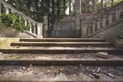 deadinside-urbex-dead-inside-natalia-sobanska-abandoned-abandoned-theater-abandoned-Abkhazia-ruins-Georgia-24-of-32