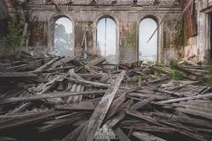 deadinside-urbex-dead-inside-natalia-sobanska-abandoned-abandoned-theater-abandoned-Abkhazia-ruins-Georgia-26-of-32
