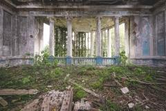 deadinside-urbex-dead-inside-natalia-sobanska-abandoned-abandoned-theater-abandoned-Abkhazia-ruins-Georgia-27-of-32