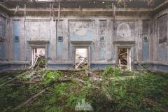 deadinside-urbex-dead-inside-natalia-sobanska-abandoned-abandoned-theater-abandoned-Abkhazia-ruins-Georgia-31-of-32