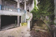 deadinside-urbex-dead-inside-natalia-sobanska-abandoned-abandoned-theater-abandoned-Abkhazia-ruins-Georgia-32-of-32