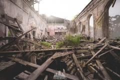 deadinside-urbex-dead-inside-natalia-sobanska-abandoned-abandoned-theater-abandoned-Abkhazia-ruins-Georgia-7-of-32